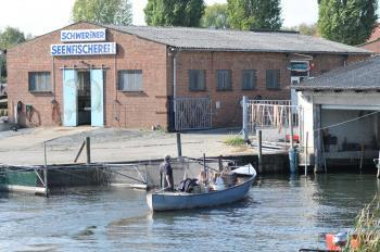Schweriner Seenfischerei thumbnail
