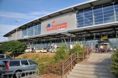 Flughafen Rostock- Laage thumbnail
