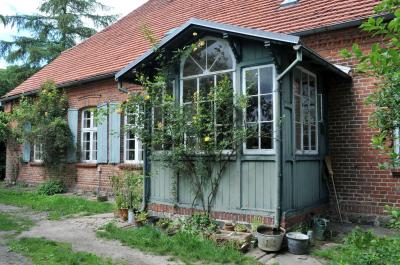 Altes Pfarrhaus Qualitz thumbnail