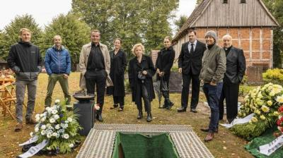 Das Begräbnis (AT)